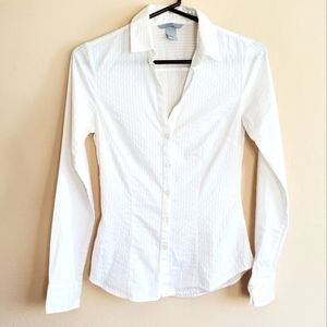 H&M white button down shirt textured fitted